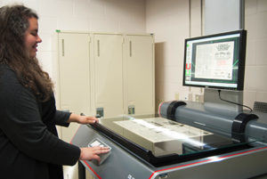 Scanning newspapers for online access